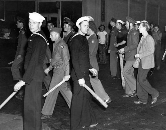 Zoot suit - riot - sailors